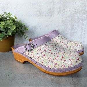 Hanna Andersson Women's Floral Clog EU 40